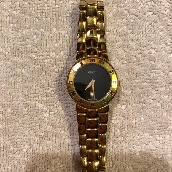 a9a5dd28d16 Gucci Accessories - Gucci Watch